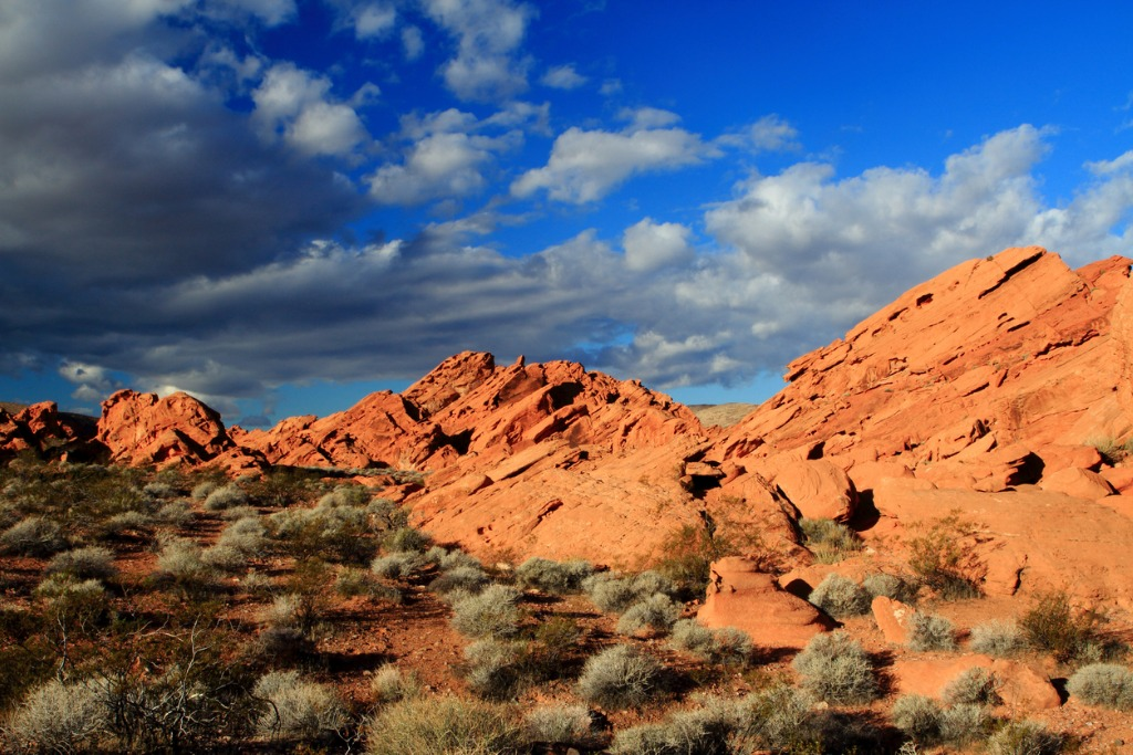 redstone rocks at lake mead national recreation area picture id477695421