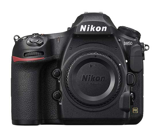 Nikon D850 vs Nikon D810 body comparison image