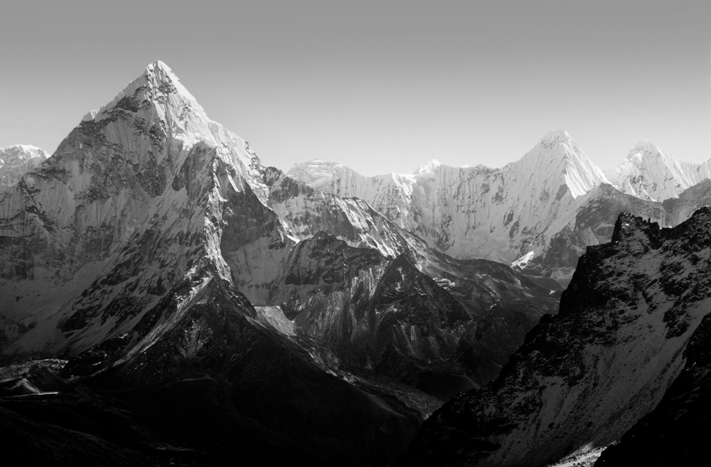 Improve Black and White Photography by Focusing on Shapes Lines Patterns and Textures image