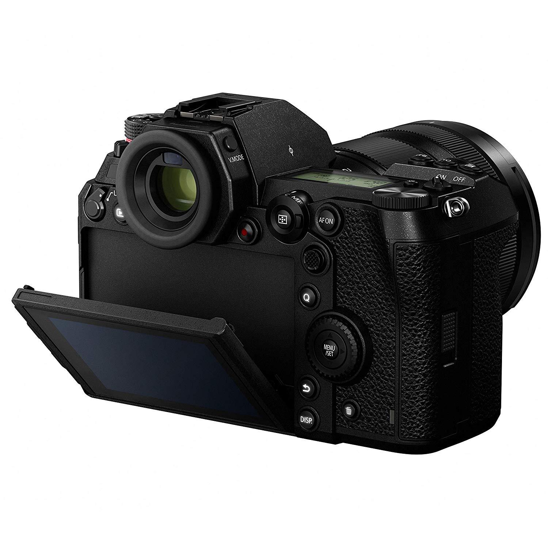 Panasonic S1 VS S1R Design image