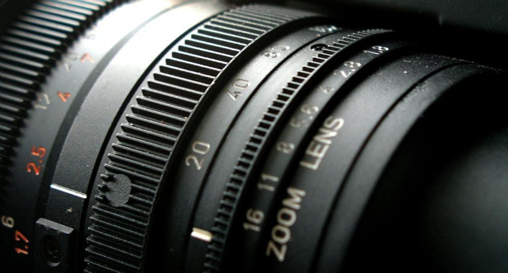 best macro lens  image