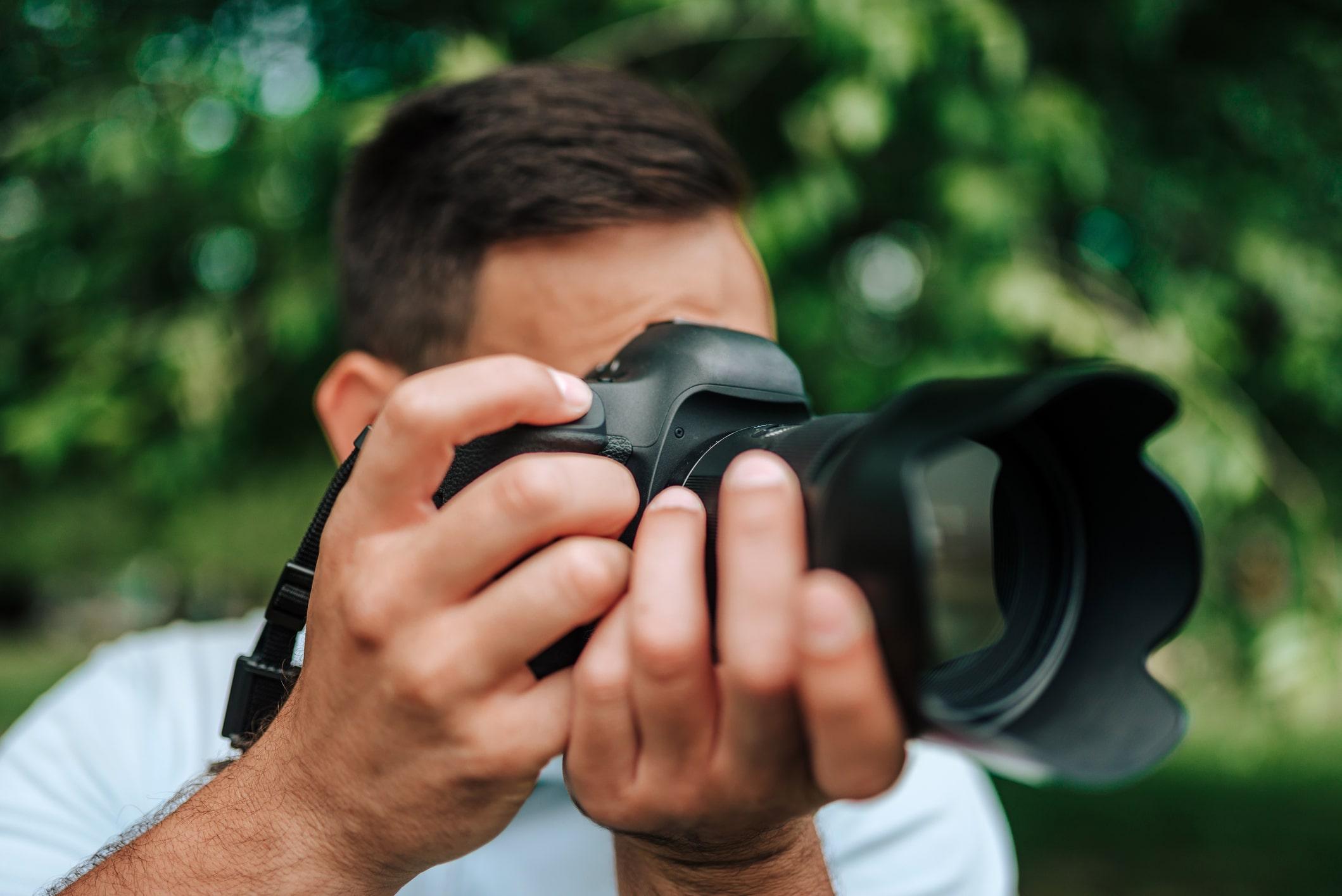 Canon EOS R vs Canon 5D Mark IV Comparison