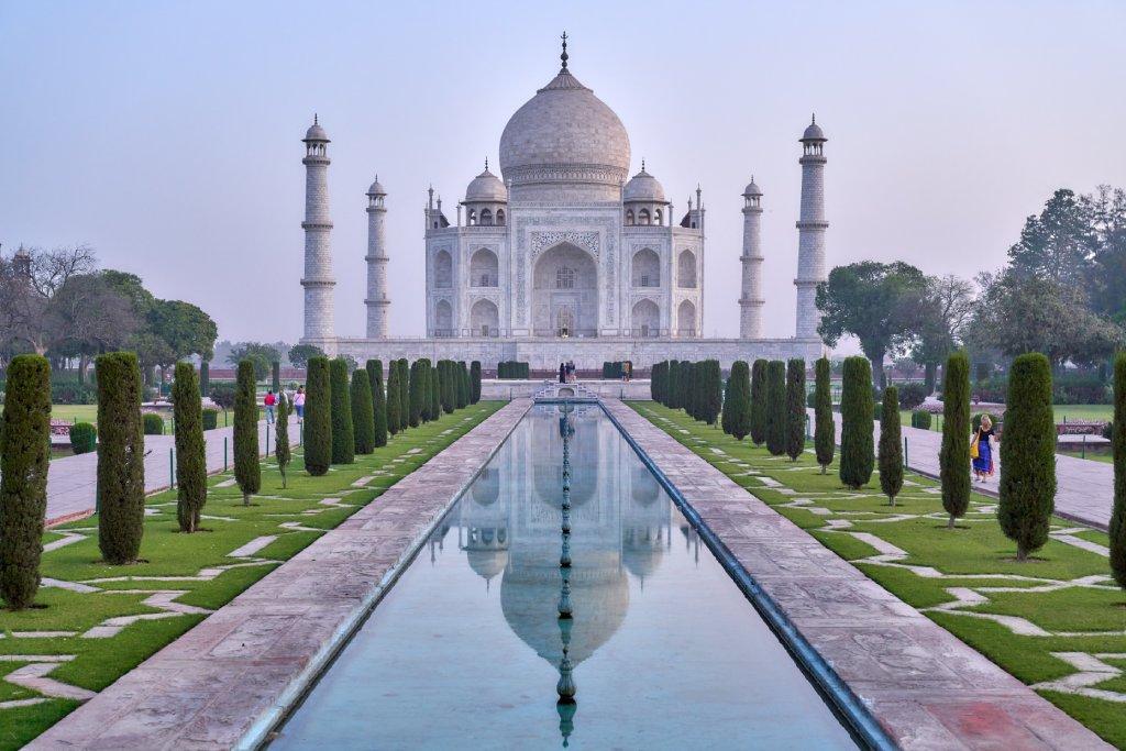 where is the taj mahal image
