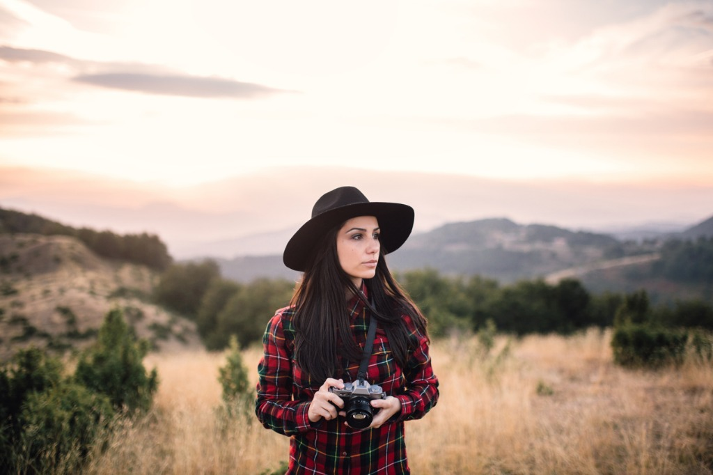 which lens is best for portraits 1 image