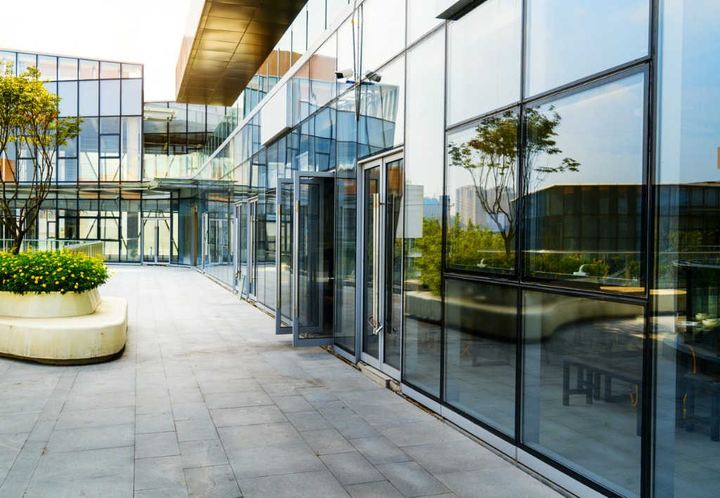 how to prepare commercial properties for photos 3