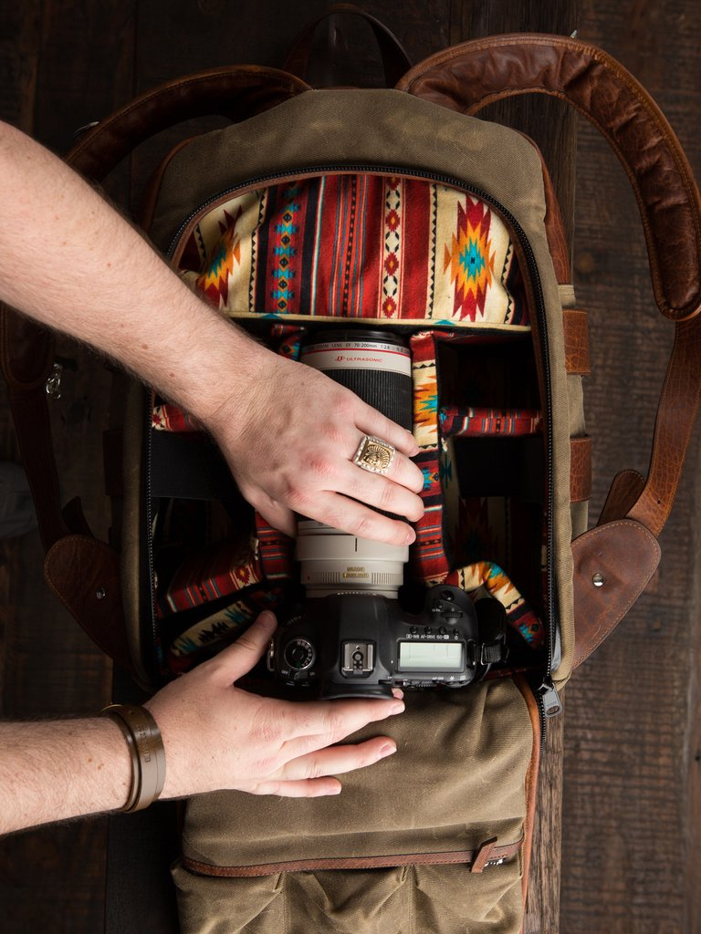 how to pack a landscape photography camera bag 2 image
