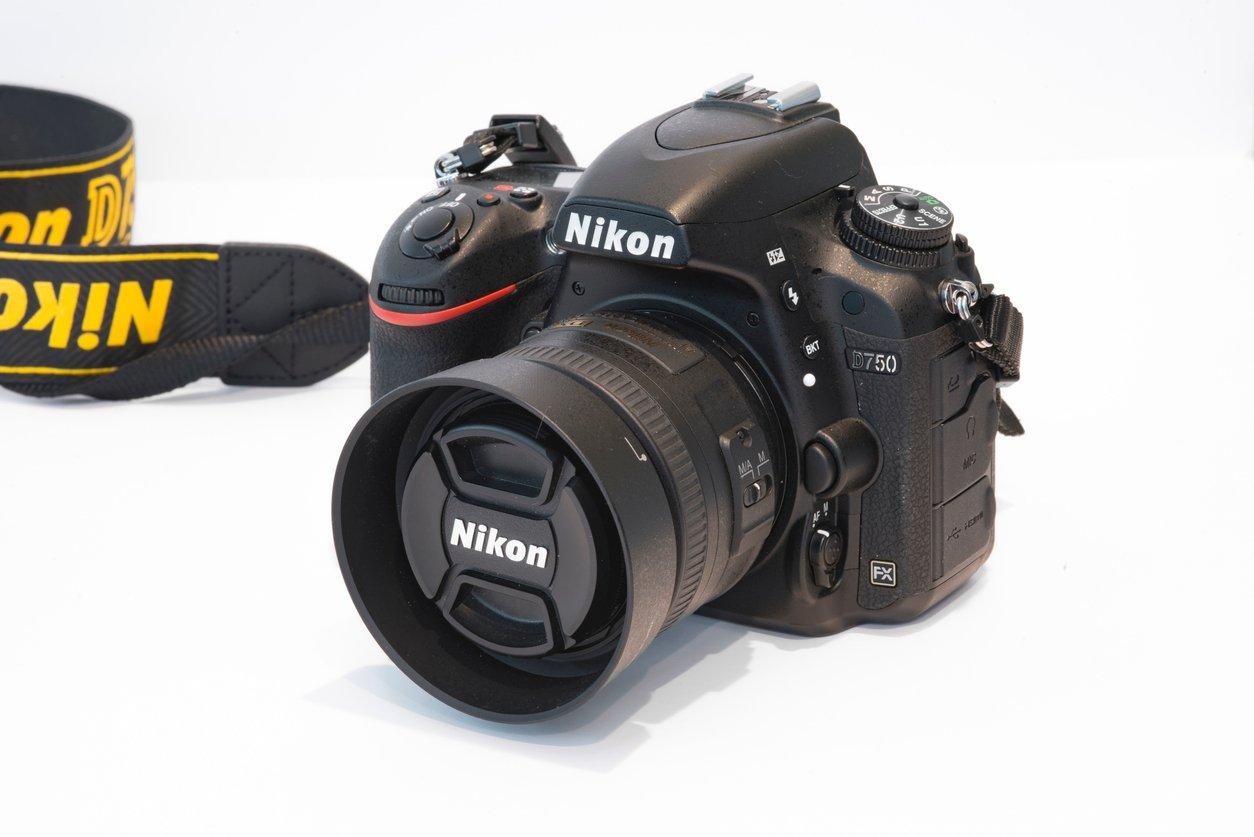 NIKON D750 SPECS VS NIKON D810 SPECS image