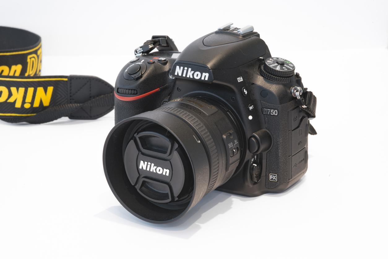 Nikon D750 vs Nikon D810: Are They Still Worth It in 2019?