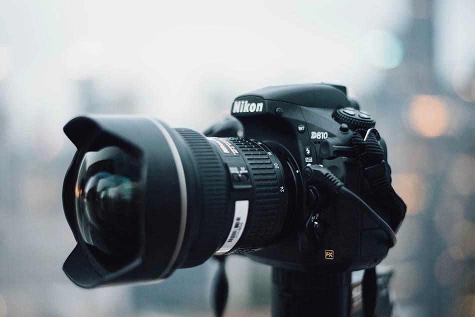 Nikon D750 vs Nikon D810 image