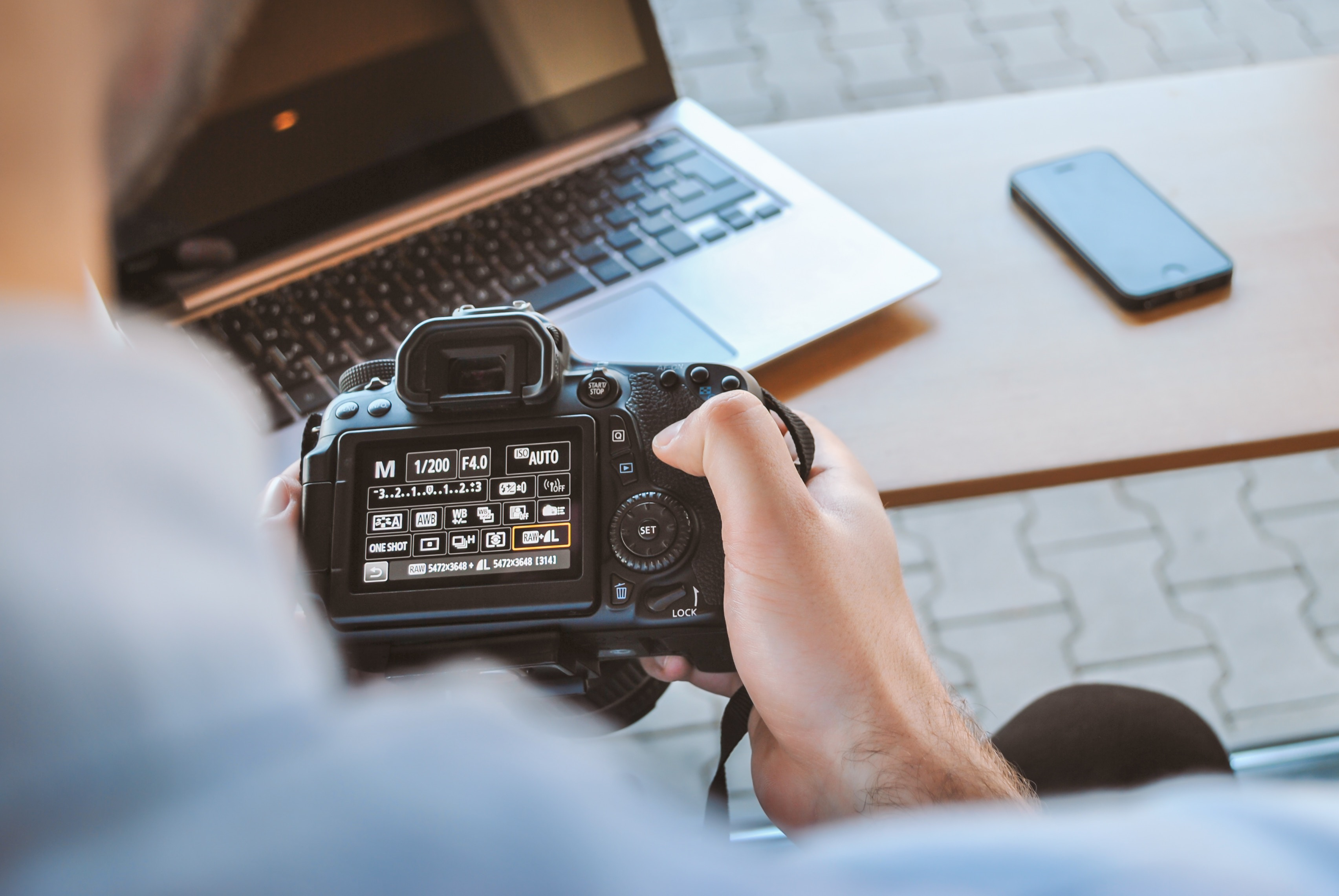 how to promote photography business on social media image