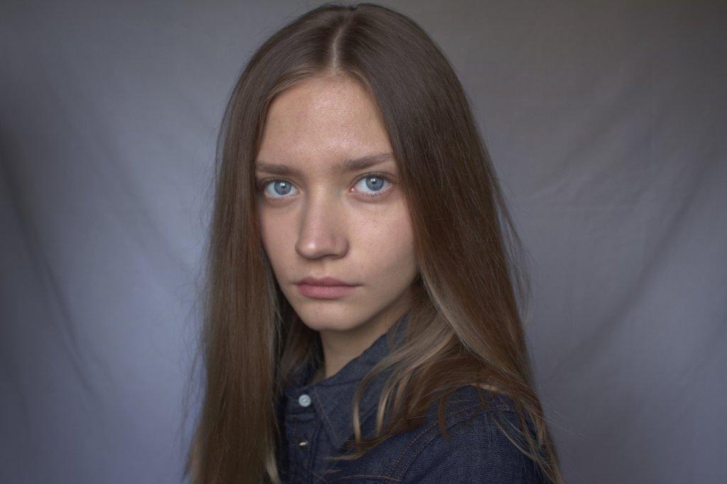 russian woman image