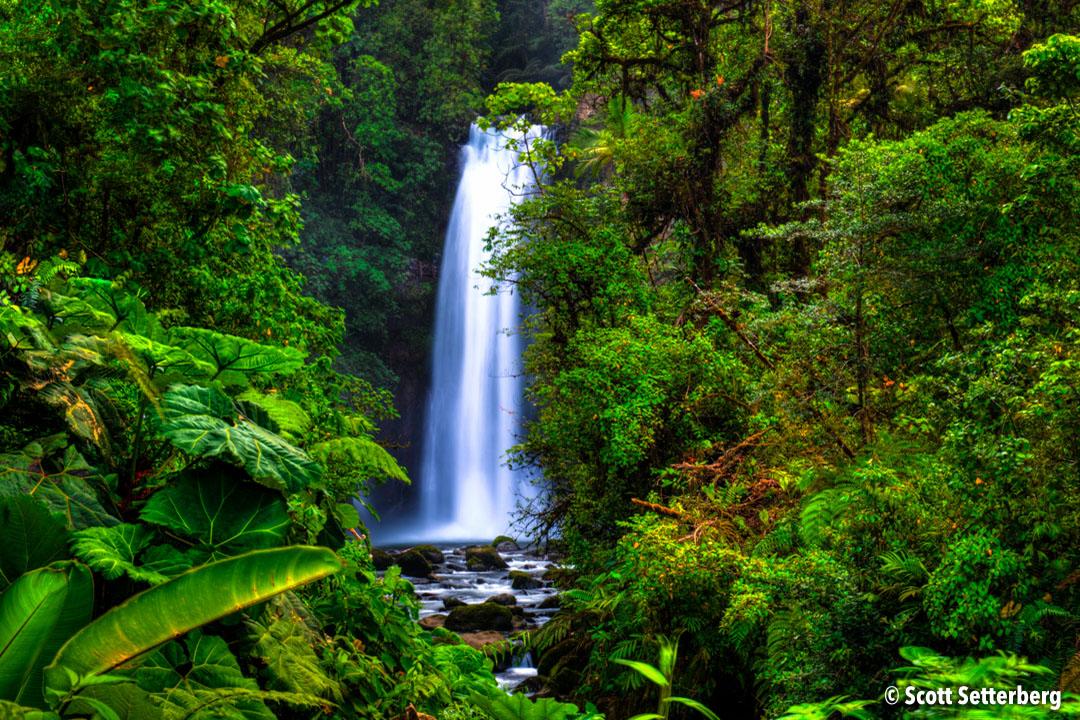 Top Waterfalls to Photograph Around the World image