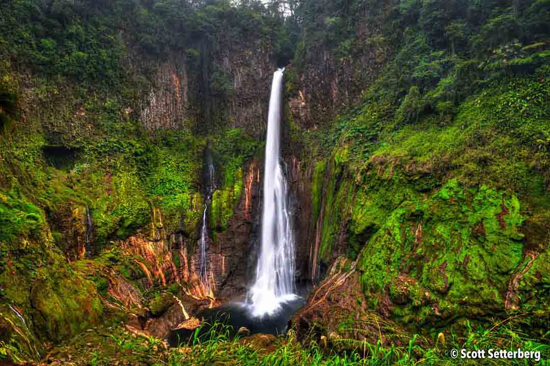 costa rica waterfalls photography tip image