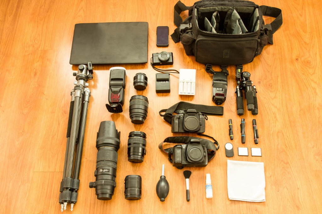 essentials for beginner photographers picture id948464500 image