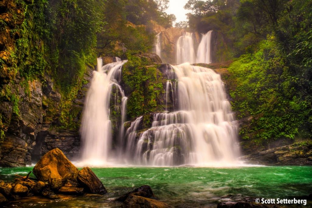 Nauyaca Falls image