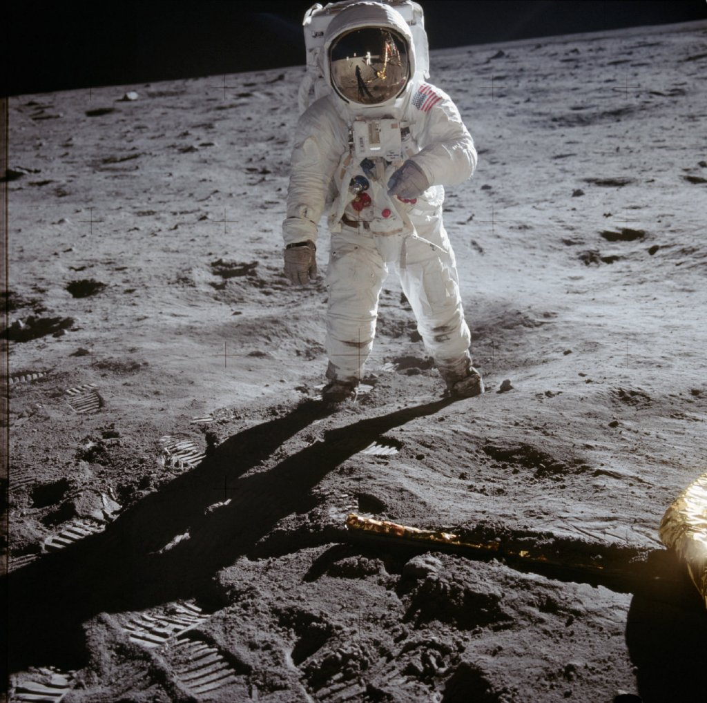 astronauts image
