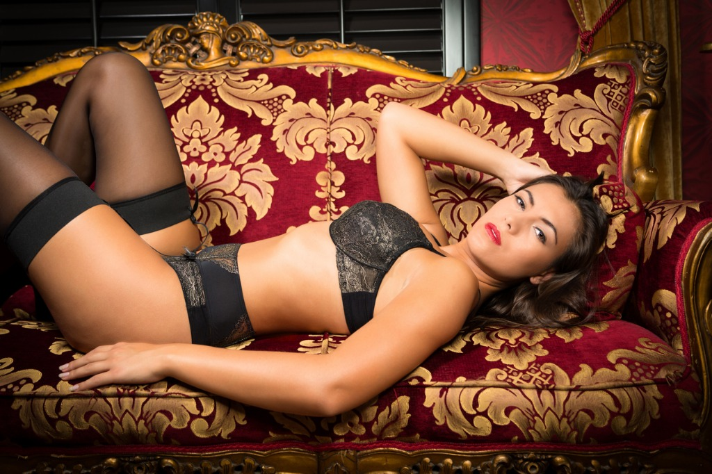 boudoir photography lighting image