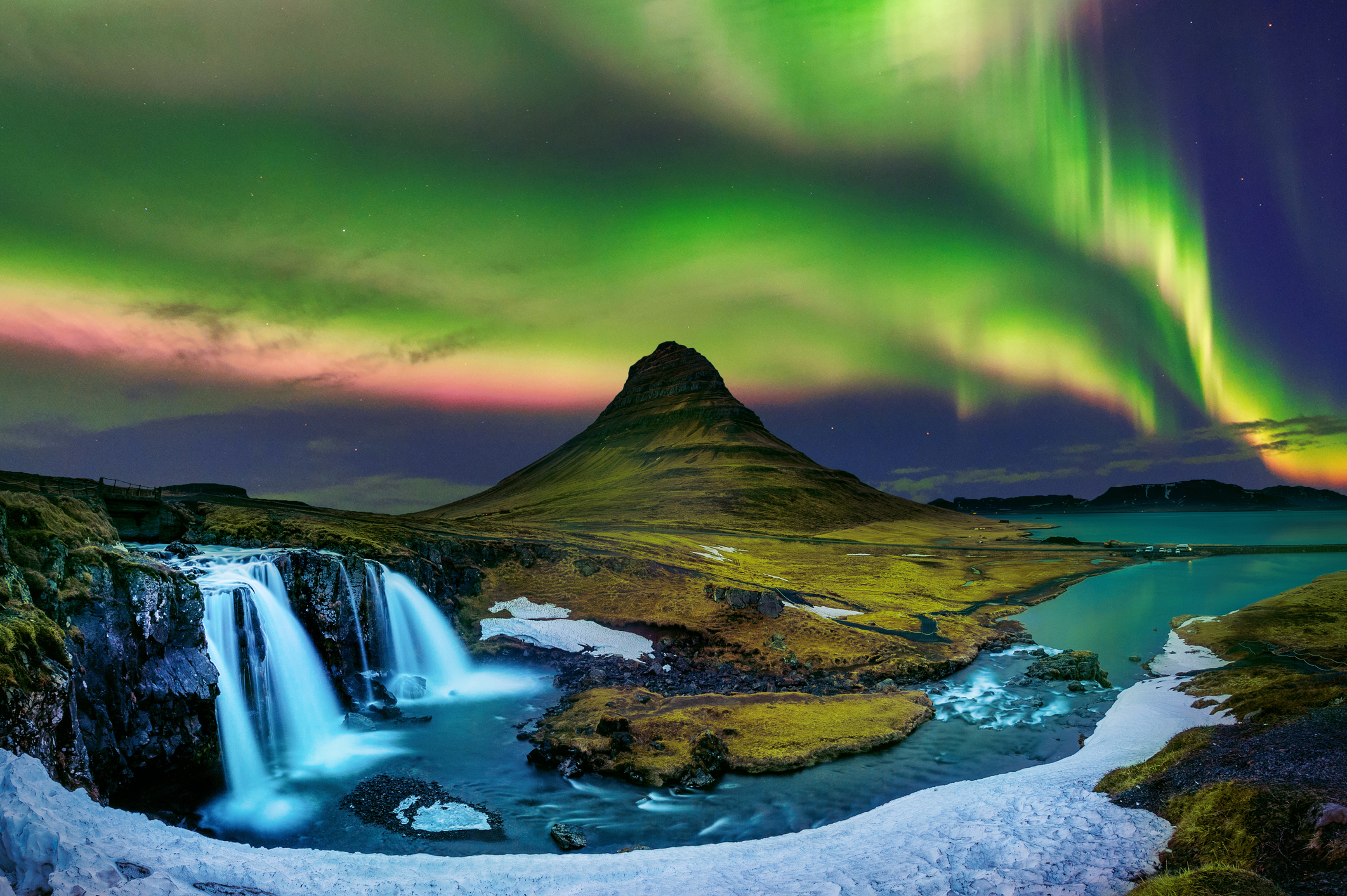 Northern Lights Best Places to See Them image