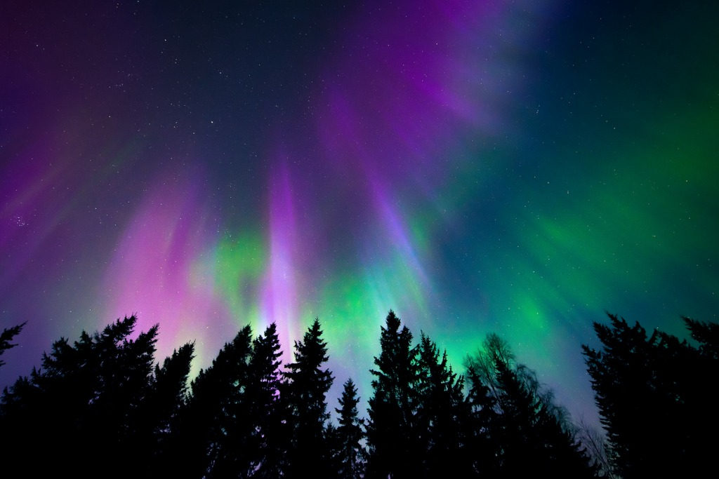 What Causes the Northern Lights 2