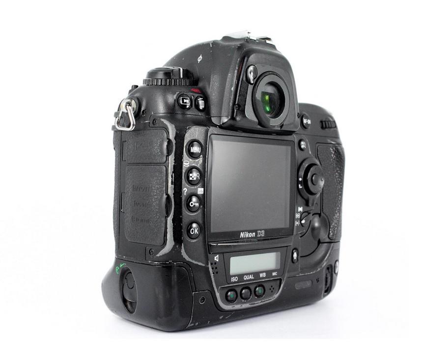 Nikon D3 Body Design image