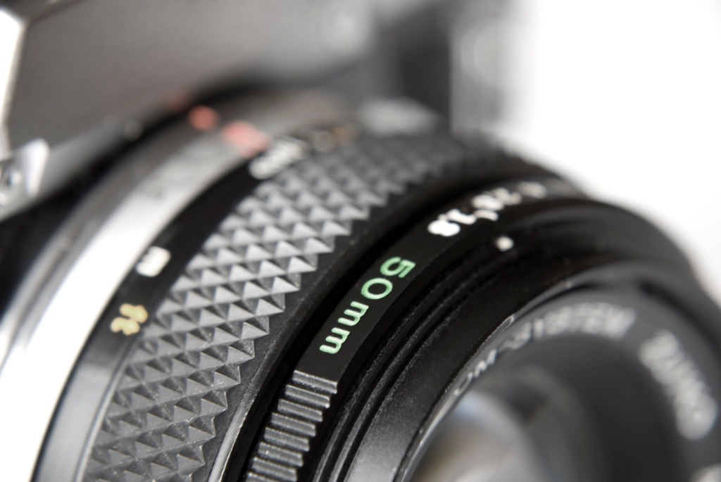 10 Reasons Why You Need A 50mm Lens