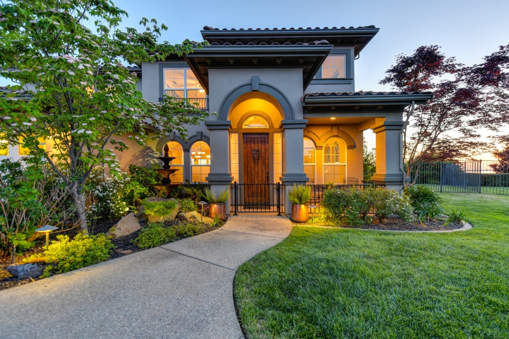 Real Estate Photography Tip How to Photograph Exterior Elements