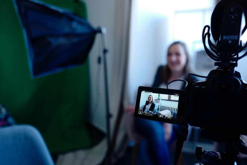 Essential Camera Accessories for Vlogging image