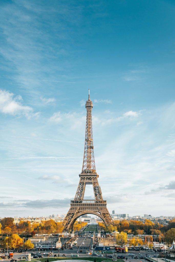 eiffel tower  image