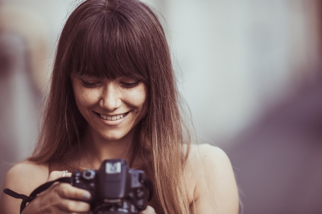 Tips for Starting a Home Based Photography Business image
