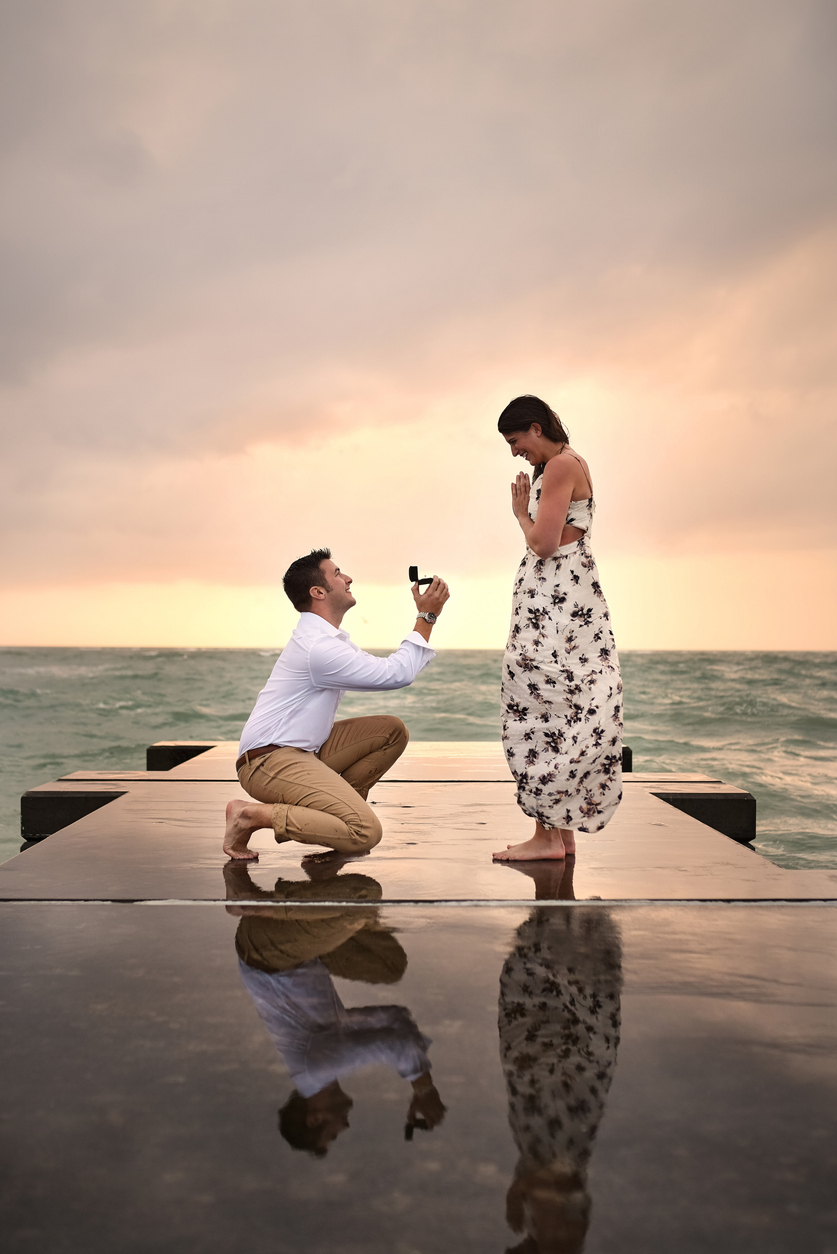 engagement photo shoot ideas 2 image