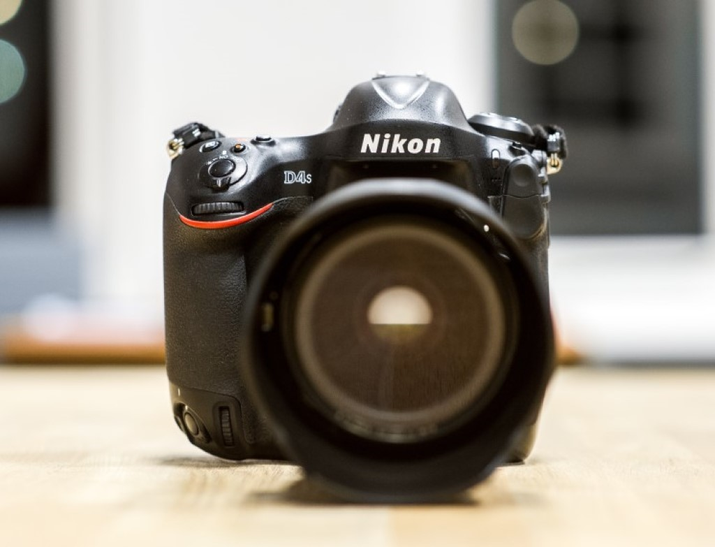 buying a used DSLR