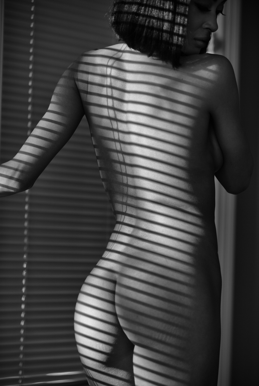 nude boudoir photography image