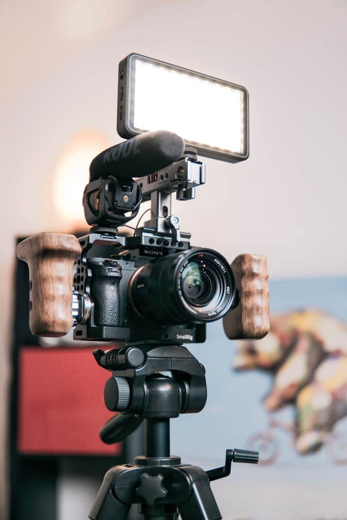 best microphones for vlogging 2 image
