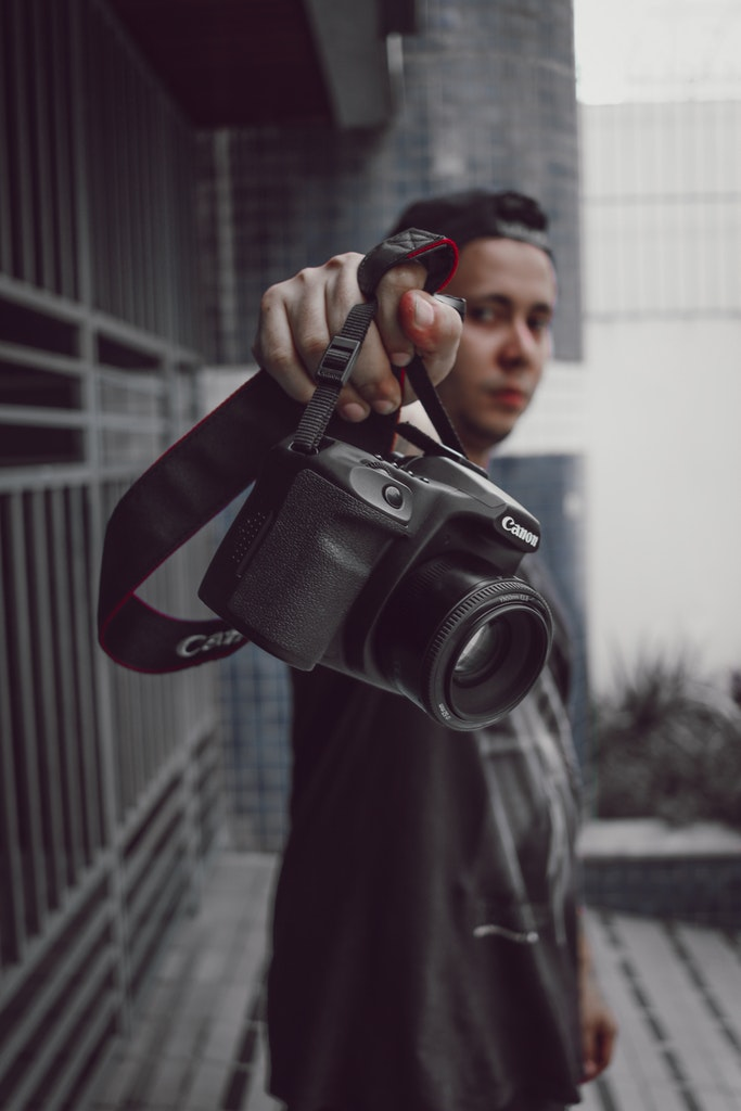 Canon EOS 1DX The Budget Camera for Pros