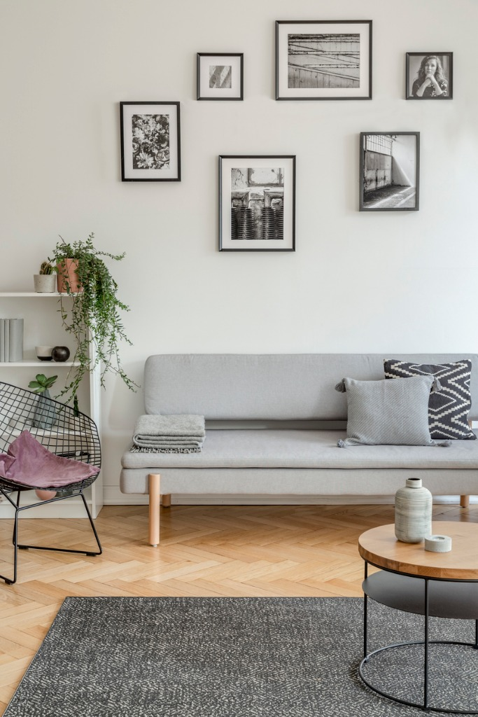 how to space prints on a wall image