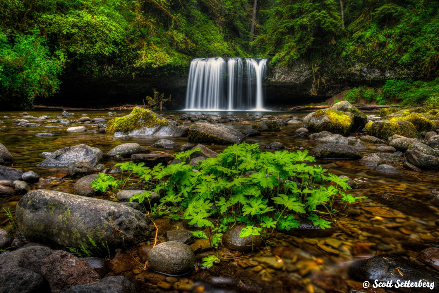 waterfall photography image