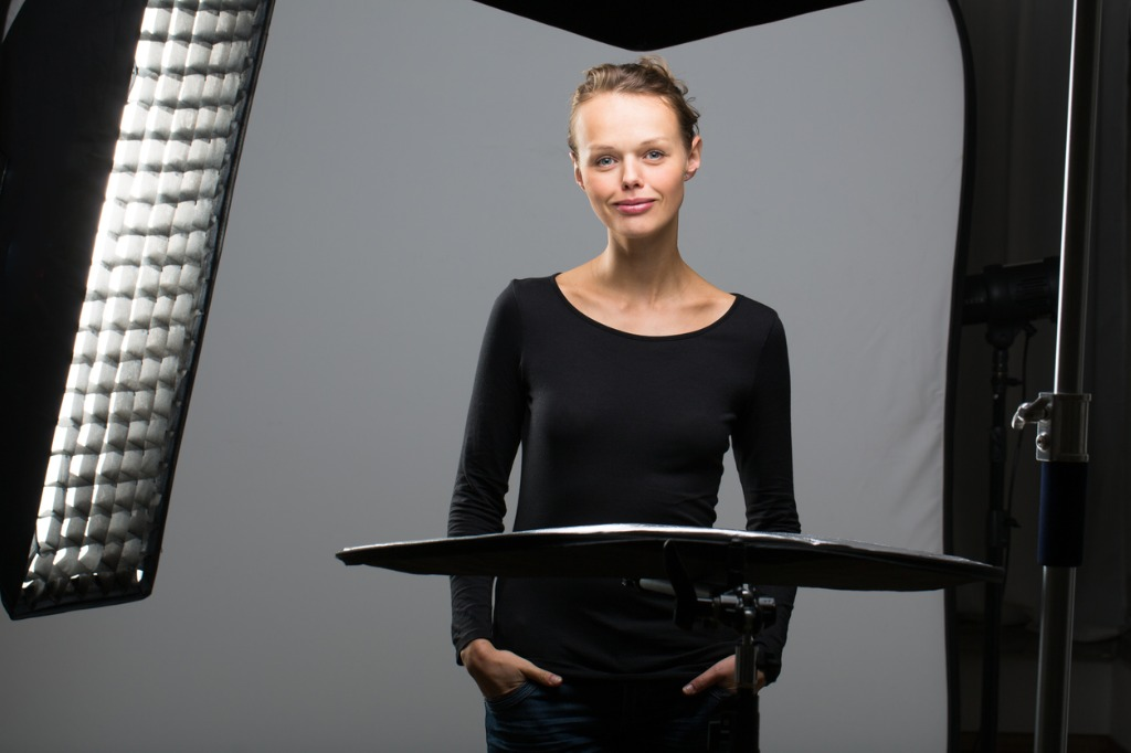 inexpensive portrait lighting 1 image