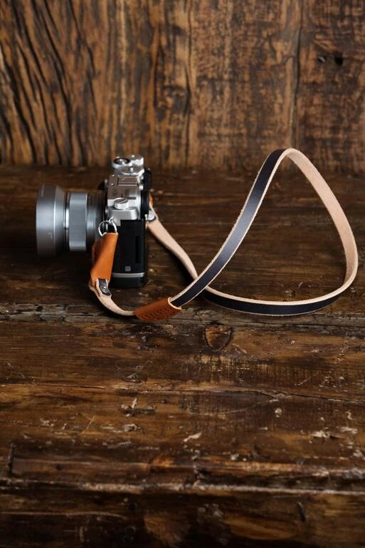 camera strap for beginner photographers 1 image