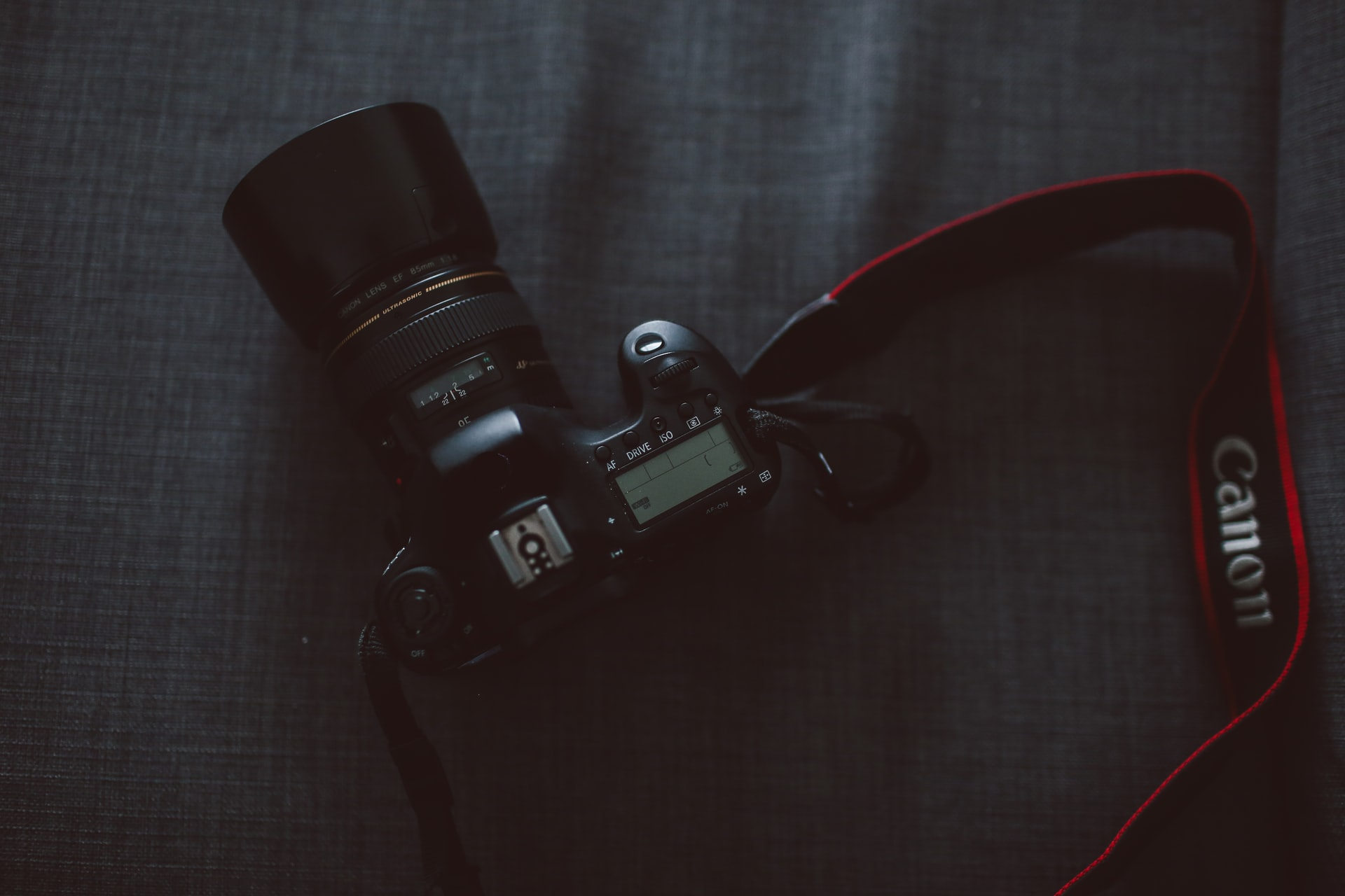 camera strap for beginners image