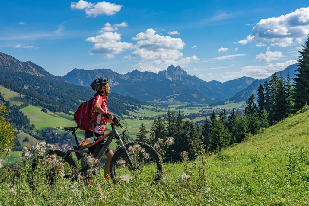 mountain biking gear 2 image