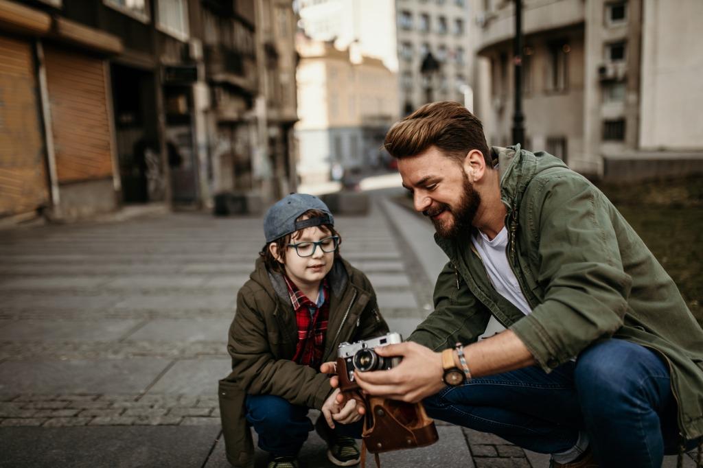posing tips for kids 2 image