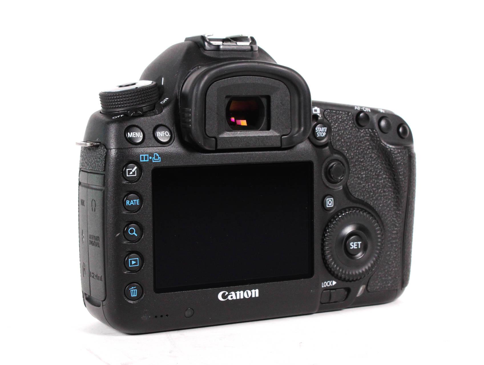 Canon 5D Mark III Design image