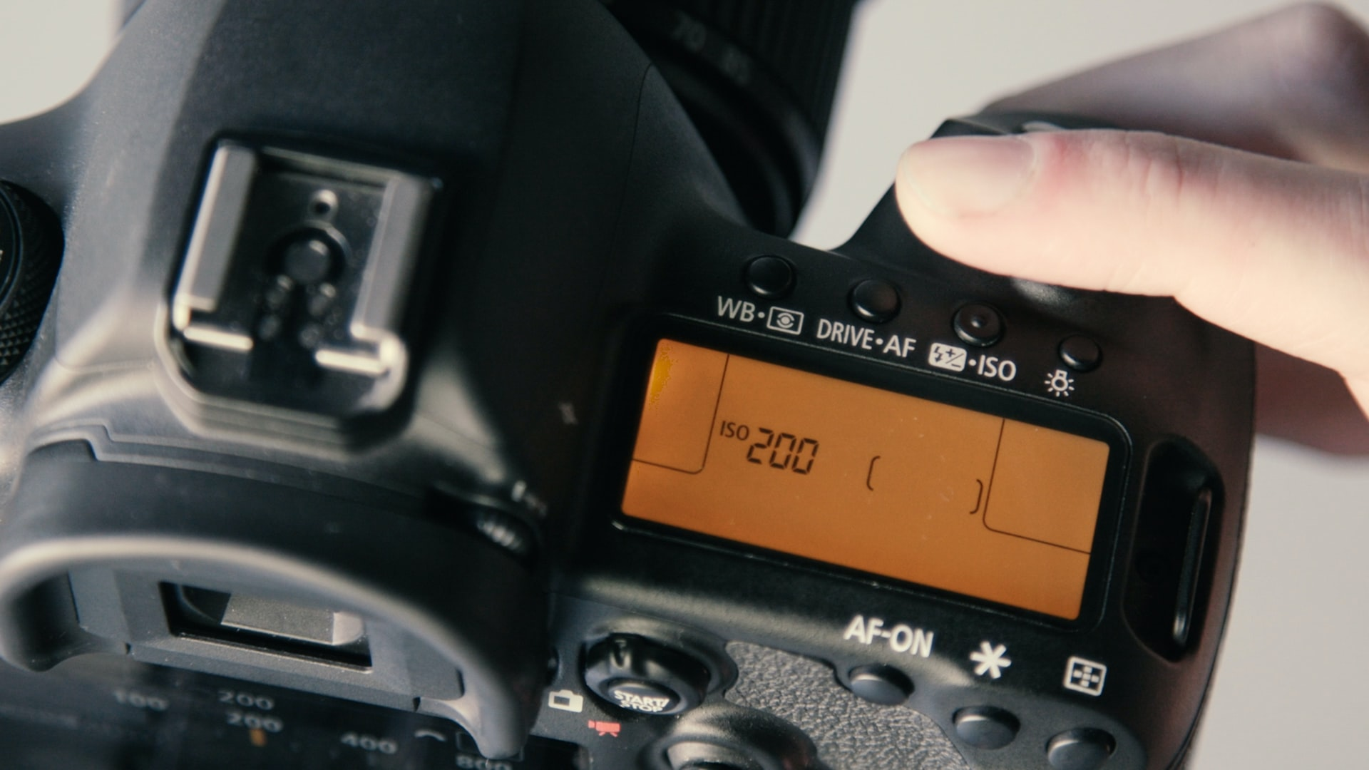 suggested camera settings for self portraits 4 image
