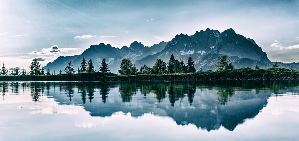 Basic Landscape Photography Tips for Beginners image