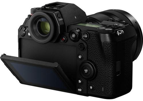 Panasonic Lumix S1 Specs 1 image