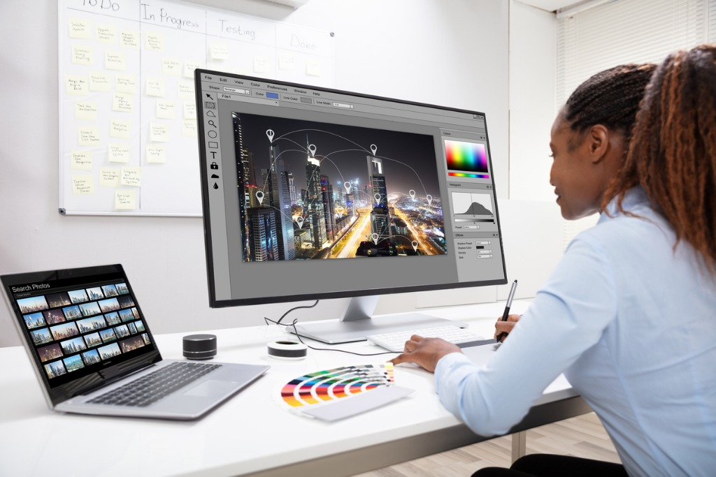 monitor features that control color image