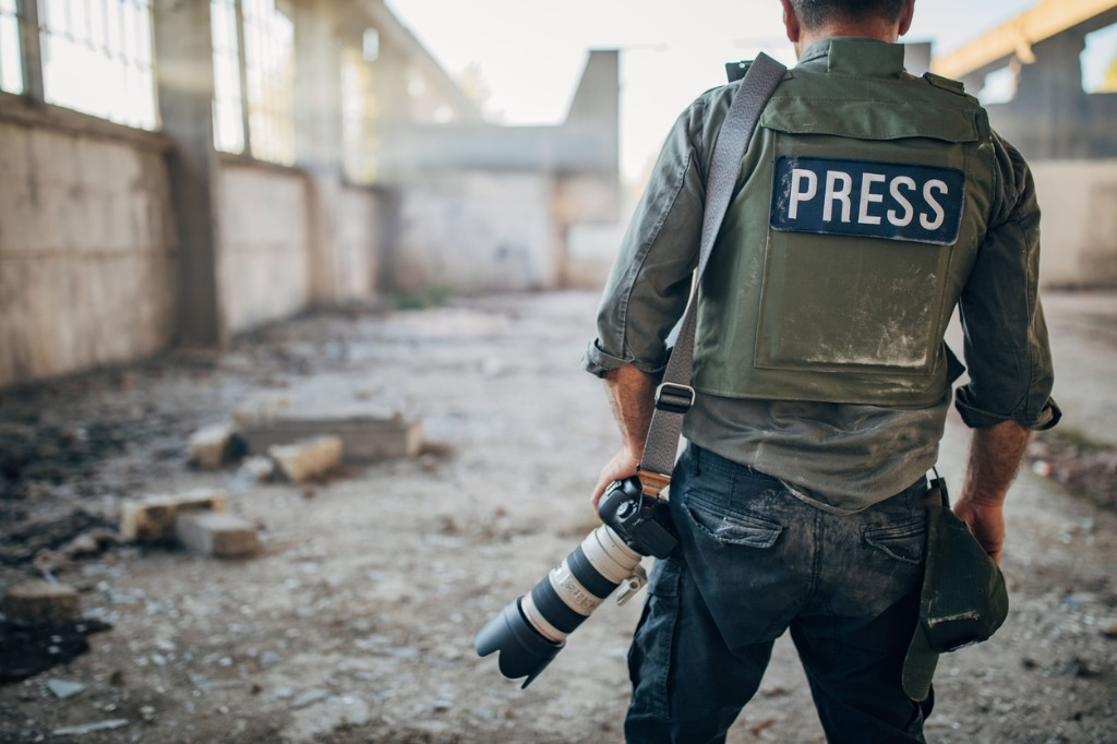 how to be a photojournalist 8 image