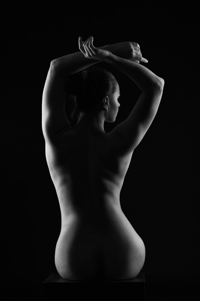 How Does Someone Get Started in Nude Photography as a Photographer image