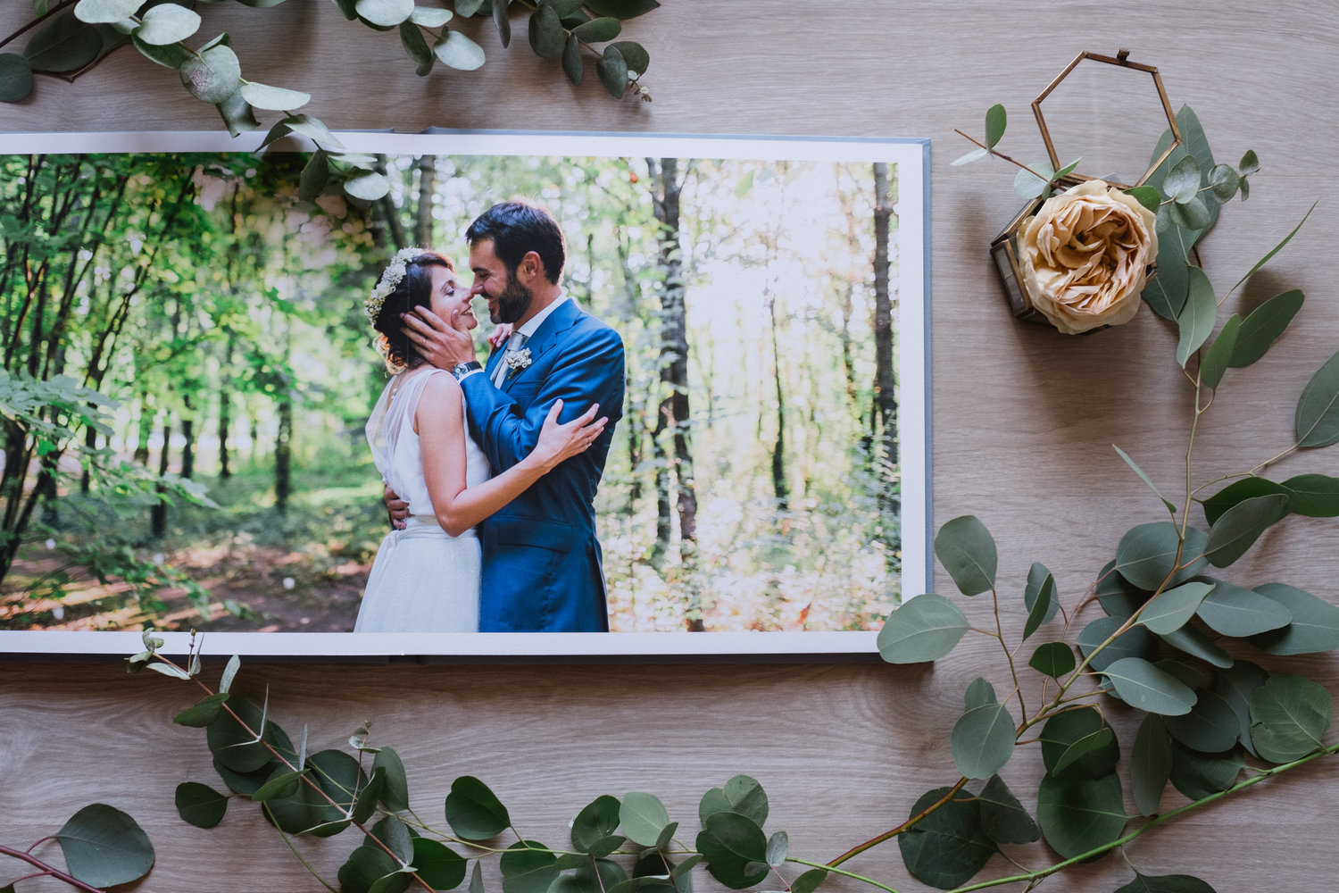 How to Create the Ideal Wedding Album for Your Clients image