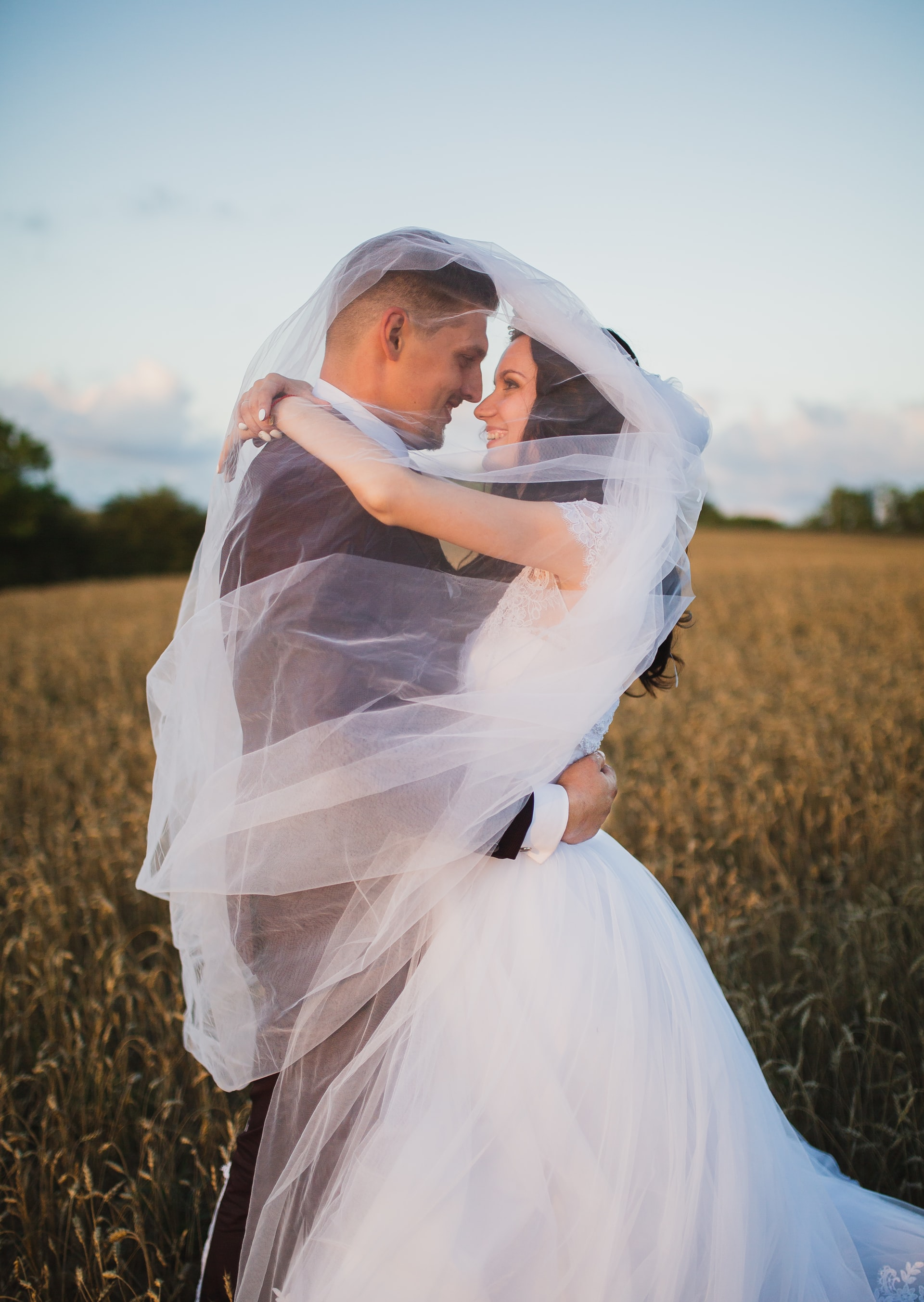 tips for creating a wedding album 1 image